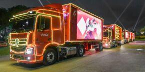 Baixada Santista recebe Caravanas Iluminadas de Natal da Coca-Cola