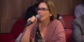 Rosana Valle pede ao Estado que não pare com entrega de remédio em casa