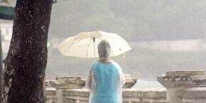 Após clima feio espantar turistas das praias, chuva volta à Região neste fim de semana