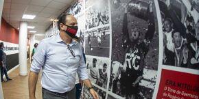 Rogério Ceni volta ao Morumbi e é o novo técnico do São Paulo