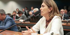 Deputada Rosana Valle é impedida de falar na reunião do Condesb