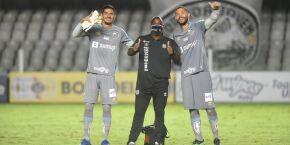Veja os bastidores da vitória do Santos sobre a Inter de Limeira