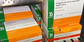 Estado começa a enviar doses de Coronavac para vacinar público entre 30 e 34 anos