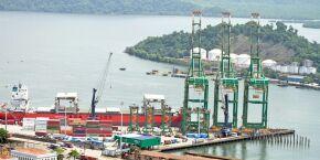 Receita Federal autua empresa em mais de R$ 2 bilhões por fraude na importação de combustíveis