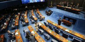 14º salário para aposentados do INSS é aprovado em comissão na Câmara