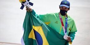 Skatista de Guarujá, Kelvin Hoefler garante 1ª medalha do Brasil em Tóquio