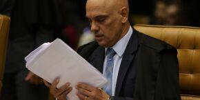 Ministro Alexandre de Moraes quer depoimento de Bolsonaro em 30 dias