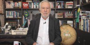 CNN Brasil rescinde contrato de Alexandre Garcia por defesa do kit Covid