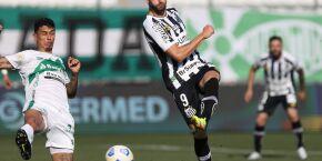 Santos toma 3 a 0, perde para o Juventude e vê situação ficar desesperadora no Brasileirão