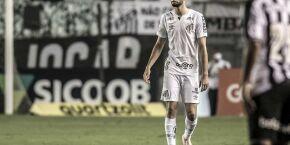 Wagner Leonardo aposta em solidez defensiva do Santos para resgate das vitórias