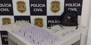 Polícia Civil aprende mais de 500 porções de drogas em Mongaguá