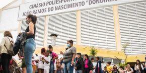 Crianças curtem programação especial em ginásio de São Vicente