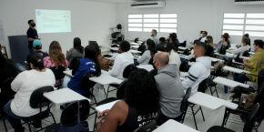 Praia Grande inscreve para curso de auxiliar administrativo; veja detalhes