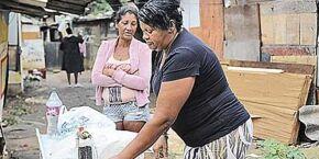 Bolsonaro veta distribuição gratuita de absorvente a mulheres de baixa renda