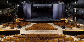 Vai perder essa? Teatro Sesc Santos retorna com programação presencial