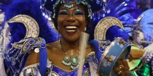 Confira as imagens do segundo dia do Carnaval do Rio de Janeiro
