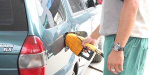 Gasolina sobe R$ 0,04 nos postos na primeira semana após reajuste