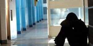 É preciso falar sobre bullying, depressão e suicídio, alertam especialistas