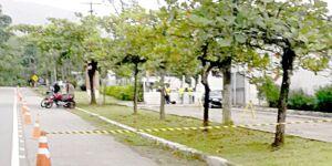 Acostamento fechado em rodovia gera reclamação em Guarujá