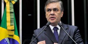Há um sentimento para que Aécio deixe a presidência do PSDB, diz Cunha Lima