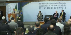 Reforma do setor elétrico está sendo implementada, diz Temer
