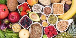 Fibras alimentam e regulam as cerca de 100 trilhões de bactérias presentes no sistema digestivo