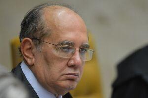 O ministro Gilmar Mendes defende que estados e municípios proíbam a realização de celebrações religiosas presenciais