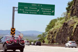 A concessionária espera que até380 milveículos sigam em direção à Baixada Santista