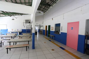 Atualmente, uma das escolas do Município com serviços em execução é a Escola Municipal Maria Eunice da Cruz, no Perequê