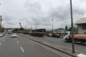 O caso aconteceu na Rua Xavier da Silveira, nas imediações do armazém VI, no Paquetá