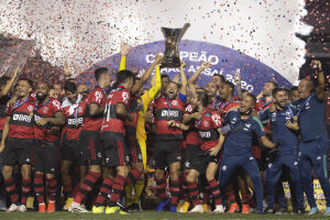 Flamengo repetiu a dose de 2019, levantando a taça pela oitava vez na história