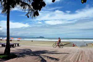 Bertioga é destaque com 100% das praias próprias para o banho em todos os levantamentos do ano