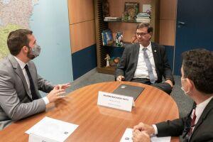 Kayo foi recebido pelo ministro do Turismo, Gilson Machado, que gostou bastante do projeto levado pelo prefeito, de preparar São Vicente para o aniversário de 500 anos