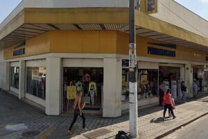 Caso aconteceu na loja localizada na Rua Quinze de Novembro