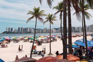 A Prefeitura de Guarujá vai implantar medidas de restrições no comércio e também no uso das praias