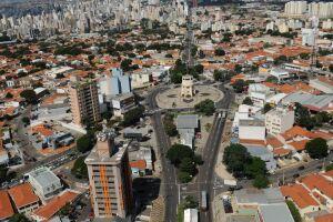 A cidade de Campinas anunciou nesta terça (2) que adotará a fase vermelha contra a Covid-19, a mais restritiva