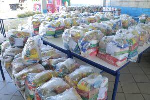 O investimento para a distribuição dos alimentos vem do Governo Municipal e do setor privado, por meio de doações