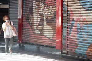 Com o retrocesso para a Fase Vermelha, comércio e serviços não essenciais não poderão abrir as portas por duas semanas