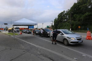 No último final de semana, 674 veículos foram impedidos de entrar no Município