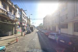O flagrante ocorreu na Praça Iguatemi Martins, na Vila Nova