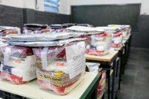 Cestas básicas deverão ser entregues em escolas de Santos