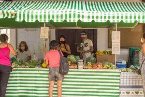 Quem visitar o local poderá encontrar frutas, legumes, verduras, mel natural, pimentas, aromatizantes, geléias artesanais e produtos cosméticos.