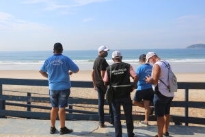 Equipes também percorreram a orla das praias, o que resultou em 2.868 ações realizadas junto com a GCM, incluindo abordagens, resistências e orientações a surfistas,