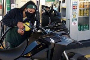 or conta da economia de combustível, motocicletas têm se afirmado como uma opção mais racional de transporte individual no Brasil.