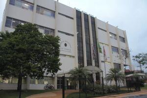 Para a troca de todas as 240 poltronas do auditório da Casa, a presidência estimou um valor de R$ 585.280,00 - R$ 2.438,66 por poltrona