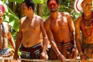 Os índios Pataxós da Aldeia da Jaqueira, na cidade de Porto Seguro (BA).