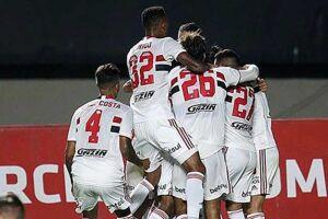 Wellington, Igor Gomes e Vitor Bueno anotaram os gols tricolores.