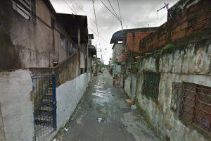 O crime ocorreu na Avenida Marginal Rio da Avó em plena luz do dia