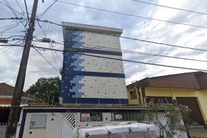 O crime ocorreu em um apartamento neste prédio, na Rua Leonardo Nunes, 276