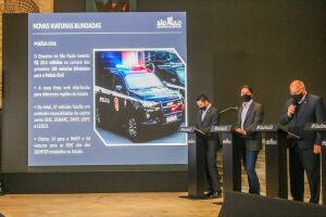 A aquisição dos veículos foi feita por meio de pregão eletrônico